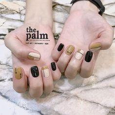 ‼️‼️‼️THU THAY LÁ THÌ EM THAY BỘ NAIL THUI ! CHỈ TỪ 100k ‼️‼️‼️ 🌸☘️🌹🍀🌷🌴🥀🌱🍁🌻🌵💐🌿🌺 Tuyển tập các mẫu hoa lá cành cho các xị em thay đổi hợp… Diy Nails, Swag Nails, Cute Nails, Elegant Nails, Stylish Nails, Palm Nails, Nail Drawing, Tribal Nails, Finger Nail Art