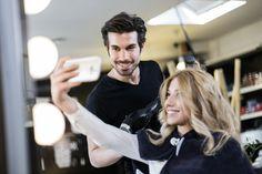 Afbeeldingsresultaat voor selfie hairdresser