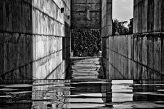 Reflejos de ilusiones by marifecastejon #architecture #building #architexture #city #buildings #skyscraper #urban #design #minimal #cities #town #street #art #arts #architecturelovers #abstract #photooftheday #amazing #picoftheday