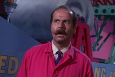 Roger C. Carmel menaced Gotham as Colonel Gumm, the bubblegum baddie, in the episode that also featured the Green Hornet and Kato. Batman Tv Show, Batman Tv Series, Batman 1966, Batman Robin, Lego Batman, Superman, Dc Comic Books, Comic Book Characters, Batgirl