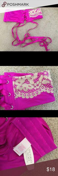 Victoria's Secret waist garter NWT, size M/L never worn! Victoria's Secret Intimates & Sleepwear