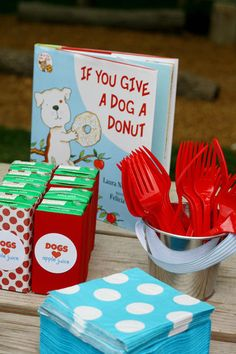 If you give a dog a donut party.this is a kid party, but I'm totally using it for Maximus' birthday in May! Puppy Birthday Parties, Puppy Party, Birthday Fun, Birthday Party Themes, Birthday Ideas, Doggy Birthday, Third Birthday, Birthday Celebration, Donut Party