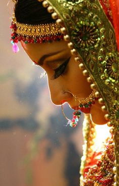 Indian Bridal, Details: Jewelry, Embroidery