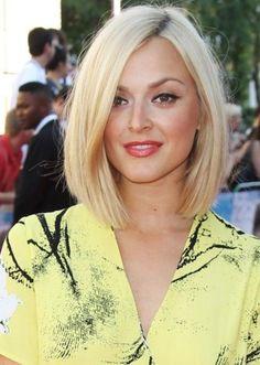 Niedlich Frisur für Mittlere Kurze Blonde Haarschnitte