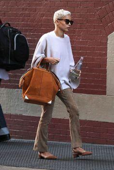 The Olsens Would Love Zoë Kravitz's Off-Duty Look via @WhoWhatWear