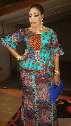 ankara skirt and blouse style for wedding: Stunning ankara skirt and blouse for all special event Latest African Fashion Dresses, African Dresses For Women, African Print Fashion, Africa Fashion, African Attire, African Women, African Print Dresses, African Traditional Dresses, Ankara Designs