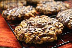 Pumpkin Oatmeal Chocolate Chip Cookies #vegan #vegetarian #food #recipe