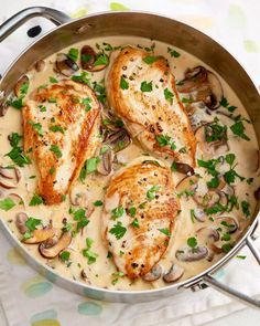 Mediterranean turkey escalope with zucchini and Mediterrane Putenschnitzel mit Zucchini und Feta Mediterranean turkey schnitzel with zucchini and feta cheese – recipes - Cream Of Mushroom Chicken, Chicken Mushroom Recipes, Chicken Skillet Recipes, Asiago Chicken, Baked Chicken, Skillet Meals, Garlic Chicken, Dijon Chicken, Garlic Shrimp