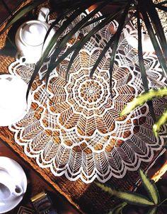 tejidos artesanales en crochet: diseño en armonia, Spiderweb doily