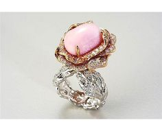conch pearl ring... fabulous pink rock.