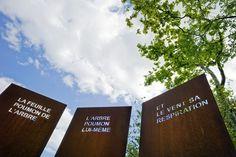 création d'un triptyque selonune citation de Michel Tournier  La feuille de l'arbre, l'arbre poumon lui-même et le vent sa respiration .