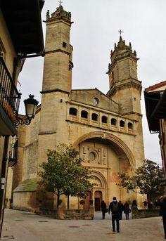 Iglesia de San Andrés de Elciego en Rioja Alavesa