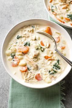 This creamy crockpot chicken gnocchi soup is the perfect recipe! Tender veggies, pillowy gnocchi, and a velvety broth that everyone loves. Crock Pot Soup, Slow Cooker Soup, Slow Cooker Recipes, Crockpot Recipes, Soup Recipes, Cooking Recipes, Healthy Recipes, Cooking Ideas, Chicken Recipes