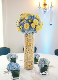 Check out this beautiful spring centerpiece I found on tumbler. Love the blue and yellow together.