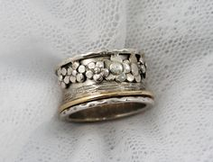 Sterling silver gold spinner ring. Floral spinner ring. by MayaOr, $192.00