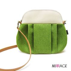mirrage / Lilien n.98 Pantone, Saddle Bags, Sewing, Lilies, Dressmaking, Couture, Stitching, Sew, Costura