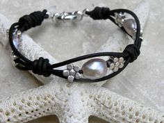 Pearl Leather Bracelet Silver Flower Knotted White Gold