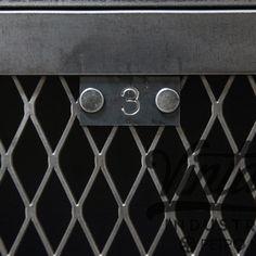 3 / Black industrial detail / Industrial Design