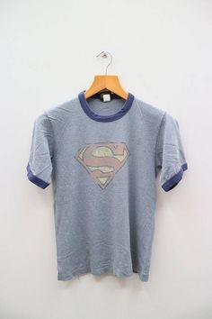 Vintage SUPERMAN Warner Bros Cartoon Big Logo Blue Tee T