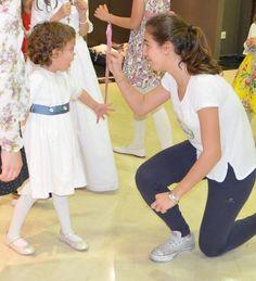 Una boda, con los niños entretenidos, divirtiéndose y los adultos disfrutando. El momento ideal :-) http://camarotebubbles.blogspot.com.es/2016/02/en-tu-boda-los-ninos-tambien-son-los.html
