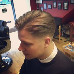 Finding The Best Short Haircuts For Men Classic Mens Hairstyles, Classic Haircut, Cool Hairstyles, Medium Hair Cuts, Long Hair Cuts, Medium Hair Styles, Hair And Beard Styles, Curly Hair Styles, Vintage Haircuts