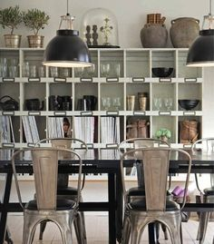 Home design house design interior design Industrial Chic, Industrial Dining, Vintage Industrial Furniture, Industrial Interiors, Industrial Decorating, French Industrial, Industrial Farmhouse, Industrial Lighting, Industrial Bedroom