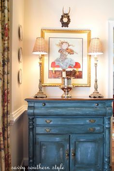 Inspiration - Savvy Southern Style aubusson chalk paint on chest in dining room (Annie Sloan chalk paint) Chalk Paint Projects, Chalk Paint Furniture, Paint Ideas, Distressed Furniture, Vintage Furniture, Furniture Makeover, Diy Furniture, Dresser Makeovers, Blue Furniture