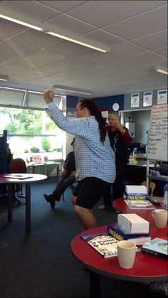 A great action song to work on correct pronunciation. Again - thanks Anau Grey. Vowel Song, Action Songs, Phonics, Ranger, Alphabet, Teaching, Maori