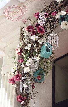 витрина украшение цветами кафе интерьер кемерово www. Spring Window Display, Store Window Displays, Fashion Window Display, Deco Floral, Floral Design, Cage Deco, Deco Nature, Bird Cages, Store Design