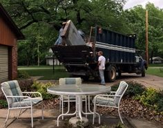 See our cheap pricing on roll off Dumpster Rental sizes for Kansas. Call Heartland Recycling Services today for a free dumpster rental quote. Junk Removal Service, Removal Services, Junk Hauling, Roll Off Dumpster, Debris Removal, Recycling Services, Dumpster Rental, Outdoor Tables, Outdoor Decor