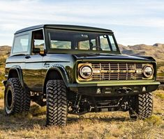 Ford Bronco. Check out Facebook and Instagram: @metalroadstudio Very cool! #classictrucks