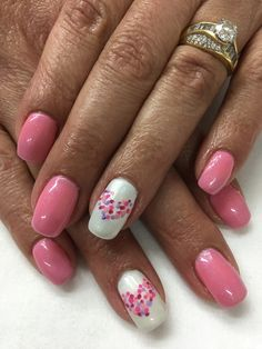 Pink Valentines Hand Painted Dotted Heart Gel Nails Holiday Nail Designs, French Manicure Designs, White Nail Designs, Gel Nail Designs, Holiday Nails, Nails Today, Red Polish, White Nails, Valentines