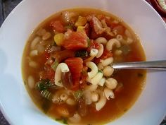 YMinestrone Soup - 40 Minute Meal! - Farmgirl Gourmet