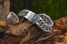 Buddha to Buddha zilveren armband www.ajuweliers.nl