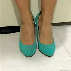 ❗️REDUCED❗️Turquoise Heels ⛄️XMAS SALE ⛄️Turquoise Heels,  in perfect conditions. Perfect for a Xmas gift Forever 21 Shoes Heels