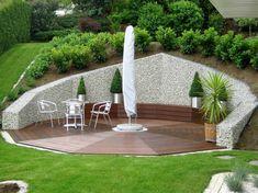 Unique Gabion Wall Garden design - Decorate Your Home Sloped Yard, Sloped Backyard, Backyard Patio, Hillside Landscaping, Modern Landscaping, Backyard Retaining Walls, Gabion Wall, Low Maintenance Garden, Yard Design