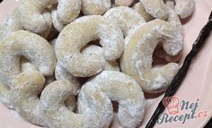 Christmas Candy, Christmas Cookies, Czech Recipes, Ethnic Recipes, Onion Rings, Bagel, Doughnut, Sweets, Bread