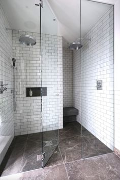 Get some amazing ideas to transform your walk-in shower into a spa-like oasis! Shower Ceiling Tile, Shower Floor Tile, Shower Niche, Shower Curtains, White Subway Tile Shower, Subway Tile Showers, Shower Tile Designs, Walk In Shower Designs, Diy Bathroom Remodel