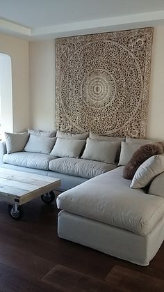 Rare White Washed Decorative Teak Wood King Bed Headboard Lotus Mandala Wooden Hand Craved Art Panel Wall Home Bohemian Decor Thai Interior Design Living Room, Living Room Designs, Living Room Decor, Bedroom Decor, Wall Decor, King Bed Headboard, Headboards For Beds, Wood Headboard, Thai Decor