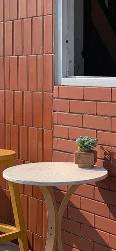 블로그 Minimalist Wallpaper, Minimalist Photography, Aesthetic Iphone Wallpaper, Outdoor Furniture, Outdoor Decor, Wallpapers, South Korea, Honey, Aesthetics