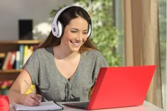 Are you detail-oriented and able to work independently? You might be an ideal candidate for remote transcription jobs. Check out these 13 companies hiring now! Learning Objectives, Interactive Learning, Student Learning, Learn Dutch, Learn German, Spanish To English Dictionary, English Phrases, Transcription Jobs From Home, Teaching English Online