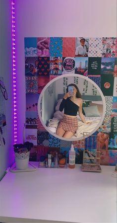 Indie Room Decor, Cute Bedroom Decor, Teen Room Decor, Aesthetic Room Decor, Room Ideas Bedroom, Bedroom Inspo, Purple Aesthetic, Aesthetic Girl, Neon Room