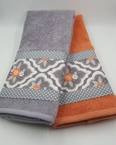 Bathroom Hand Towel Coral Grey White Floral by TheCottonHaven - Decorating Ideas For Bathroom Towels - Bathroom Towel Hand Towels Bathroom, Kitchen Towels, Bath Towels, Decorative Hand Towels, Towel Crafts, Embroidered Towels, Luxury Towels, Room Essentials, Modern Bathroom Design