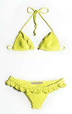 By Vanessa Montoro, lindos! Crochet Shorts, Crochet Cardigan, Crochet Clothes, Crochet Bikini, Vanessa Montoro, Crochet Lace Edging, Irish Crochet, Knit Crochet, Crochet Lingerie