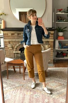 end of summer work outfits Edgy Work Outfits, Classic Work Outfits, Work Casual, Jean Outfits, Casual Outfits, Casual Office, Fashionable Outfits, Office Attire, Casual Fall