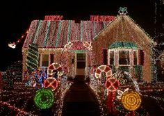 Of all the home businesses out there, Christmas Light Installation businesses may be one of the best kept secrets around. Most people think of hanging Christmas lights as a low paying, low potential, grunt work job, and therefore they Outdoor Christmas Light Displays, Best Christmas Lights, Christmas Lights Outside, Christmas Light Installation, Hanging Christmas Lights, Why Christmas, Decorating With Christmas Lights, Merry Christmas Everyone, Outdoor Christmas Decorations