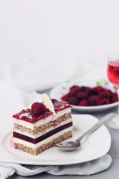 mascarpone mousse and raspberry jelly cake . Sweet Recipes, Cake Recipes, Dessert Recipes, Fancy Desserts, Just Desserts, Food Cakes, Cupcake Cakes, Patisserie Fine, Romanian Desserts