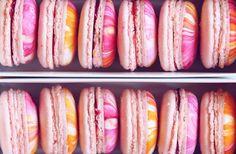 marbled macarons {{ nutmeg & honeybee }}