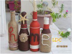 """bouuteilles decoratives avec mention"""" HOME"""" rustic. ce manlange de couleur sorte de l'ordinaire Decoration, Bottle, Home Decor, Wedding Chair Decorations, Wedding Chairs, Decorated Bottles, Color, Decor, Decoration Home"""