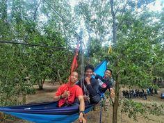 Repost photo by @fatoniirawan  Teman selalu melengkapi perjalanan begitu pula hammock pelengkap suatu kegiatan outdoor yg tak pernah ditinggalkan. . . Lokasi: Pantai air mata permai Ketapang Kalbar  . . . #hammock  #hammocks  #hammockers  #hammocking  #hammockersindonesia #indohammockers #hammockid  #hammockliving #hammocklifestyle #hammocklive  #hammocktime  #hammocklife  #explorehammock #keephanging  #instahammock #seeyouatthenextrees #salamgantung  #salamkepompong  #hammocktown…